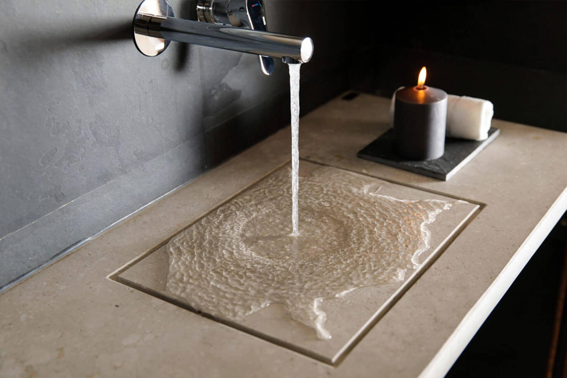 Foto de lavabo hecho de piedra de Miapetra