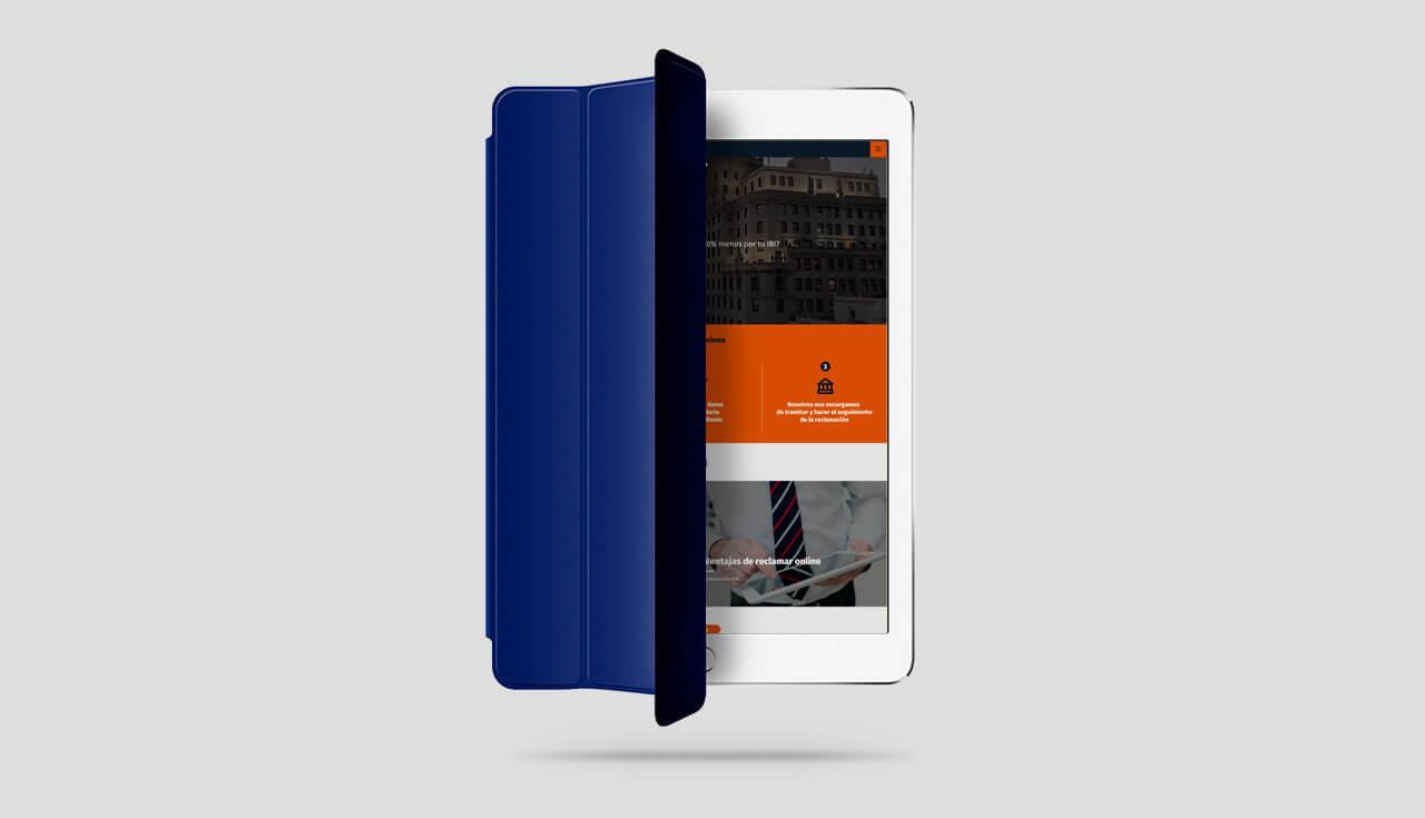 Pantallazo de portada de reclaim.es en iPad