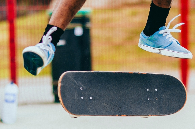 Skate boarding trick